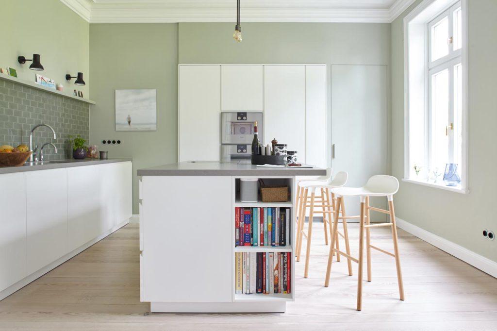 Feine Grüntöne in allen Nuancen bringen Vitalität und Frische in die Küche. (Foto: epr/Alpina)