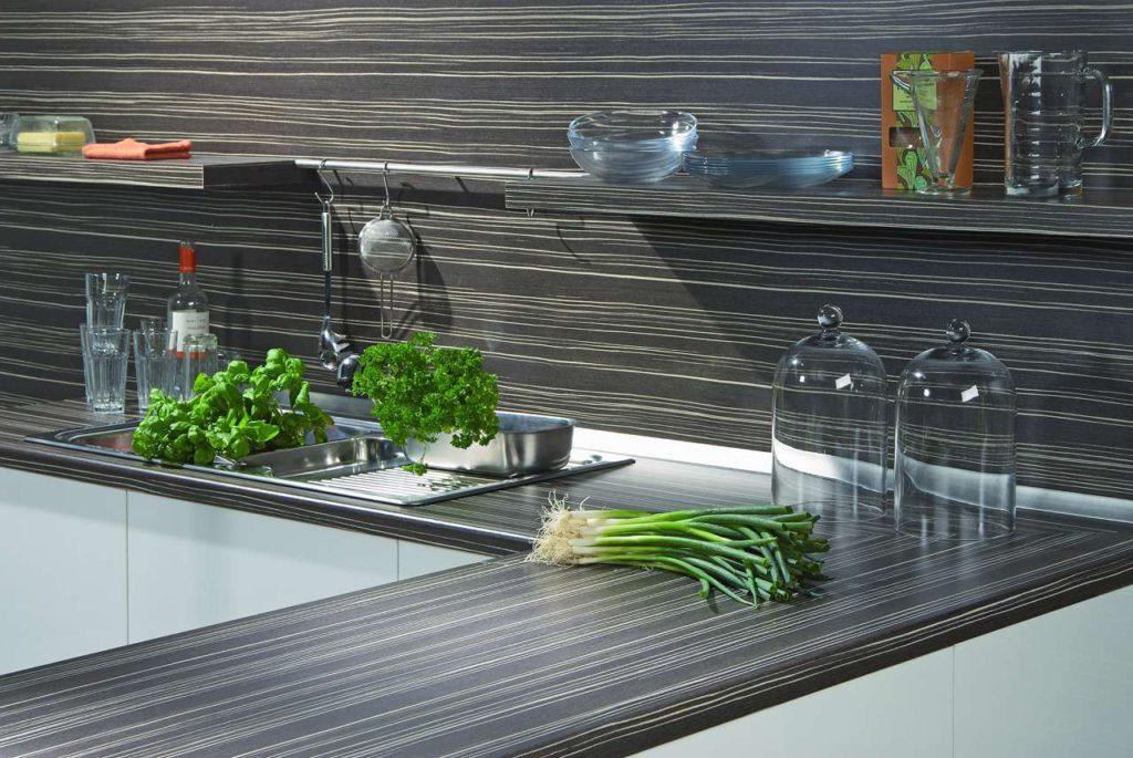 Küchenrenovierung, Küchenerneuerung, Küchenverschönerung, Küche neu machen, Küche verschönern