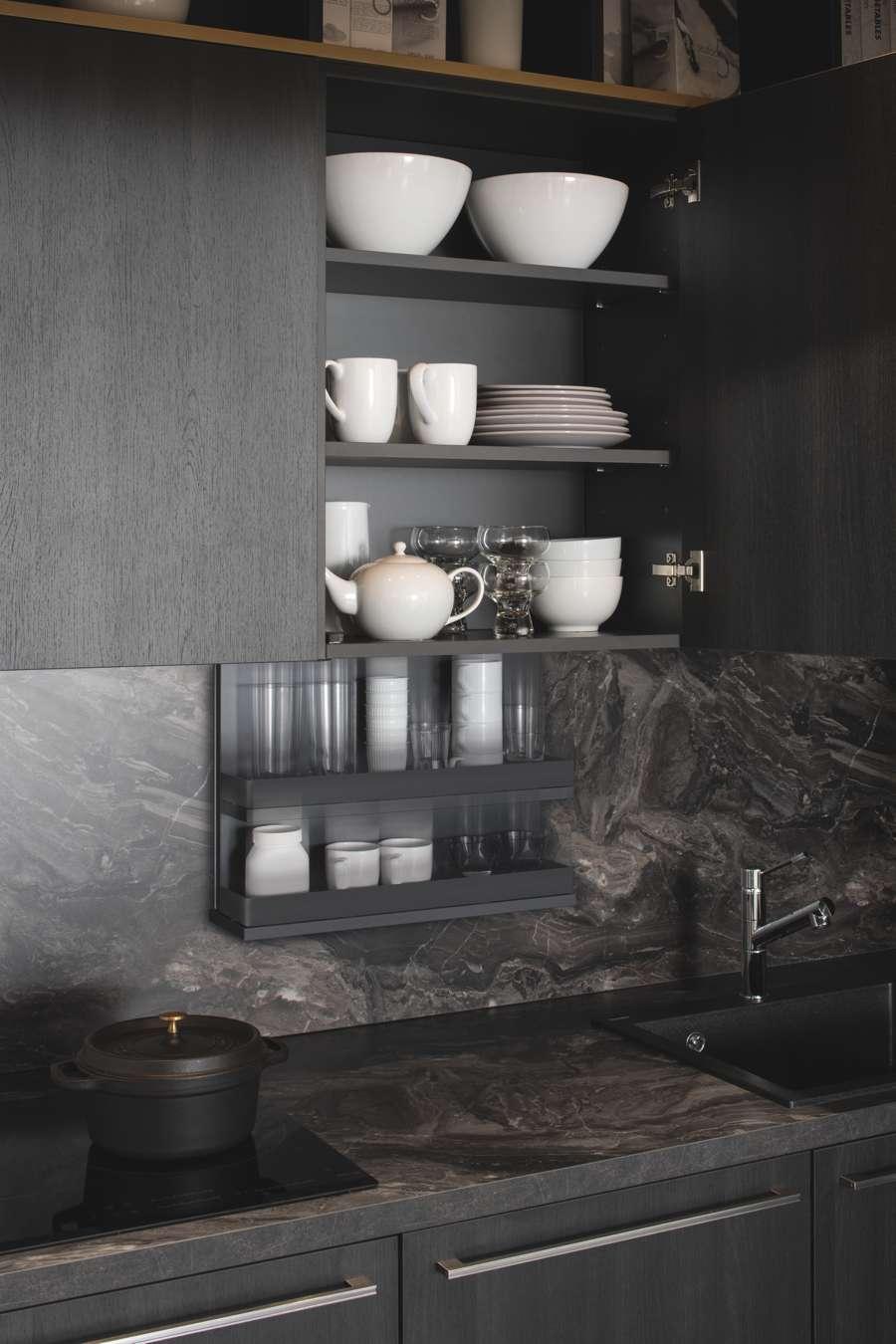 Die im Wohnregal versteckte Küche | Küchen Journal