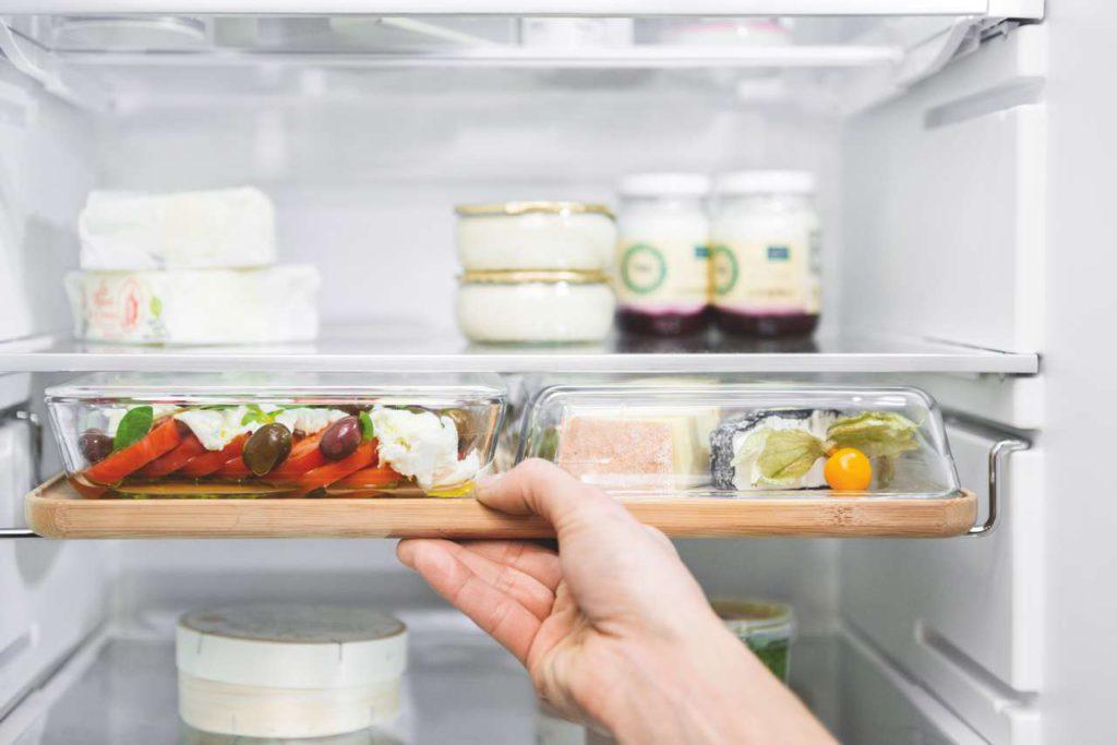 Vom Kühlschrank bis zum Ofen oder Tisch das GourmetTablett macht alles mit. Foto: NEFF