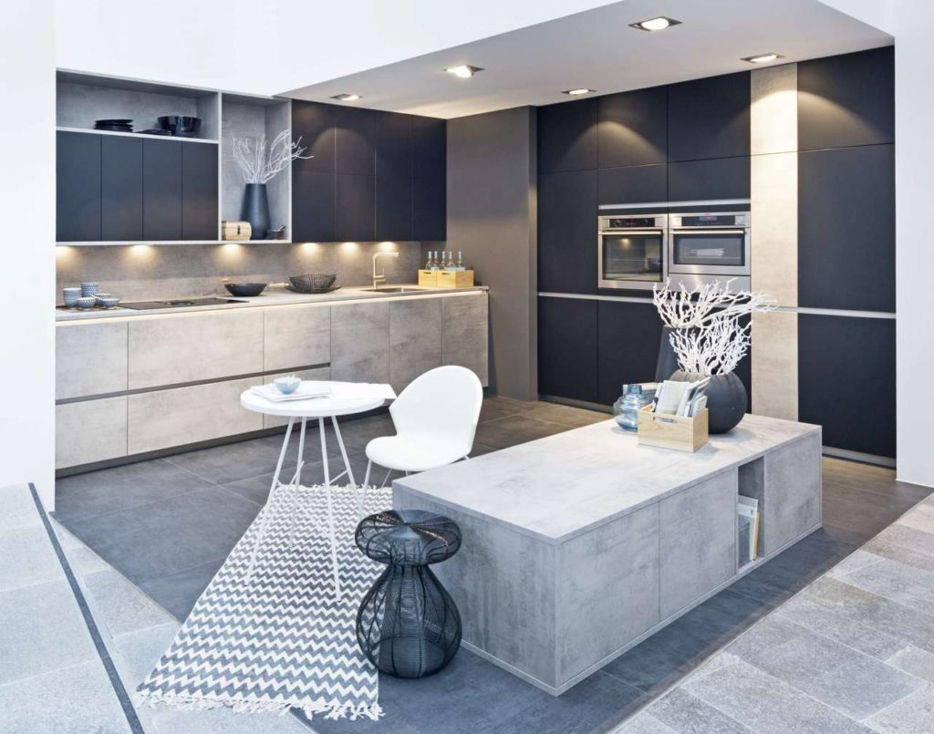 Der Stellenwert der Küche steigt - damit wachsen auch die Ansprüche an hochwertige Materialien und Oberflächen. Im Trend liegen natürliche, warme Farbtöne. Foto: djd/TopaTeam/Nolte