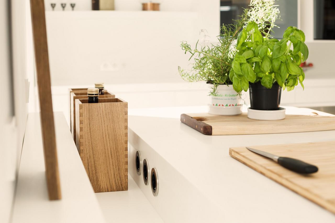 plan 3 kueche stadler halbinsel zeile corian holz 11. Black Bedroom Furniture Sets. Home Design Ideas