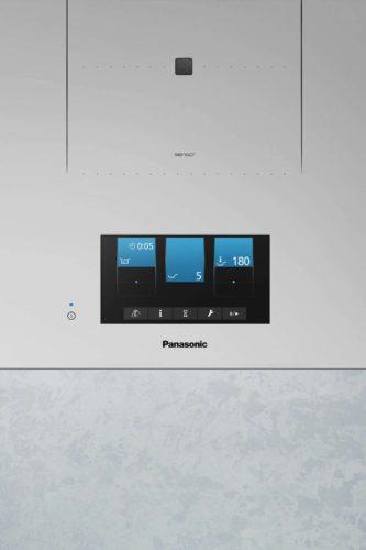 Der sieben Zoll große Farbtouchscreen wird zum Blickfang in der Küche. Foto: djd/Panasonic