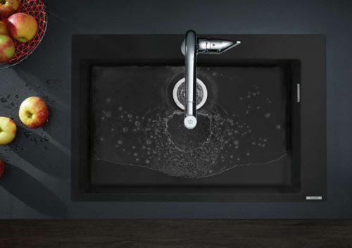 Küchenspüle aus Granit. Foto: hansgrohe