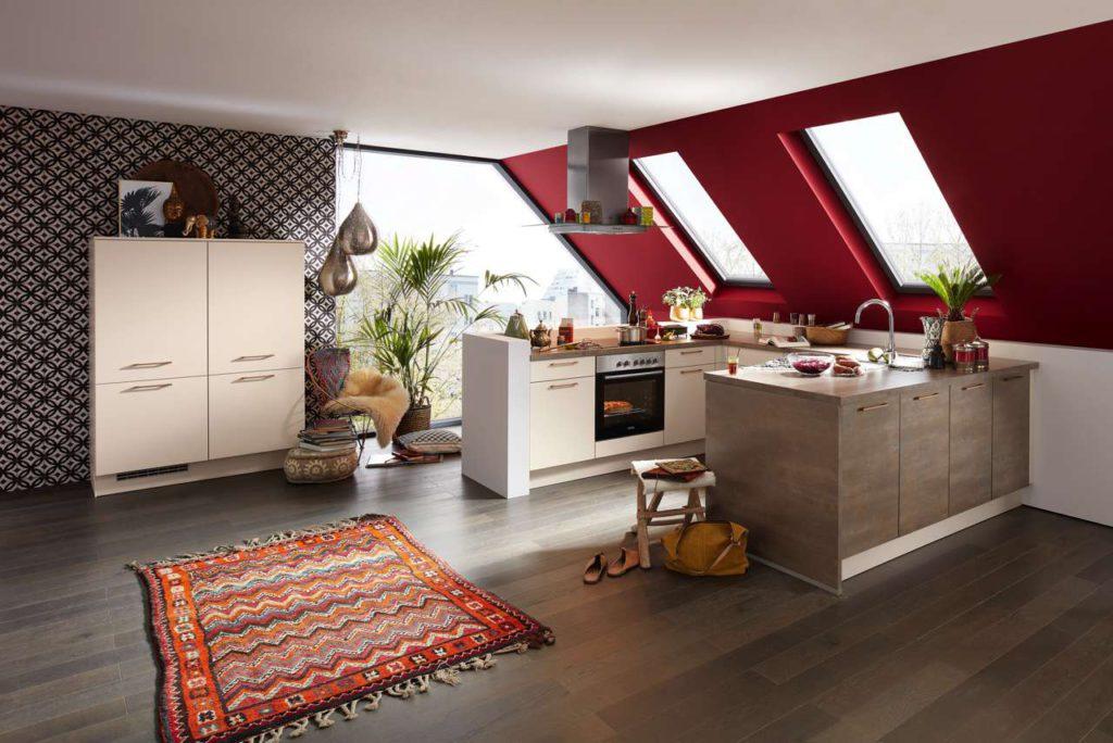 Material- und Farbenmix liegen im Trend. Für besondere Highlights in der Küche sorgen Fronten in Kupfer-Optik. Foto: djd/KüchenTreff