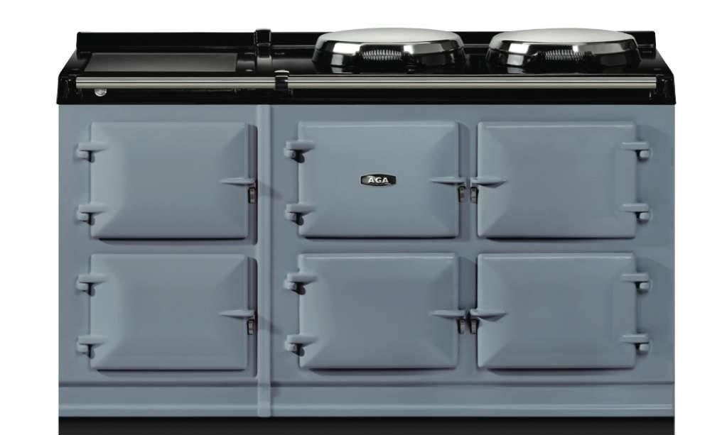 Dove: Das helle Grau mit einem Blautouch kommt am besten in Kombination mit natürlichem Holz oder aber glänzenden Küchenfronten zur Geltung. Foto: AGA