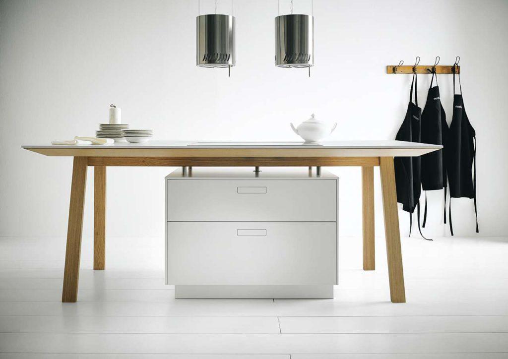 next125, die internationale Premium-Küchenmarke aus dem Hause Schüller, hat diesen Kochtisch auf den Markt gebracht. Foto: next125