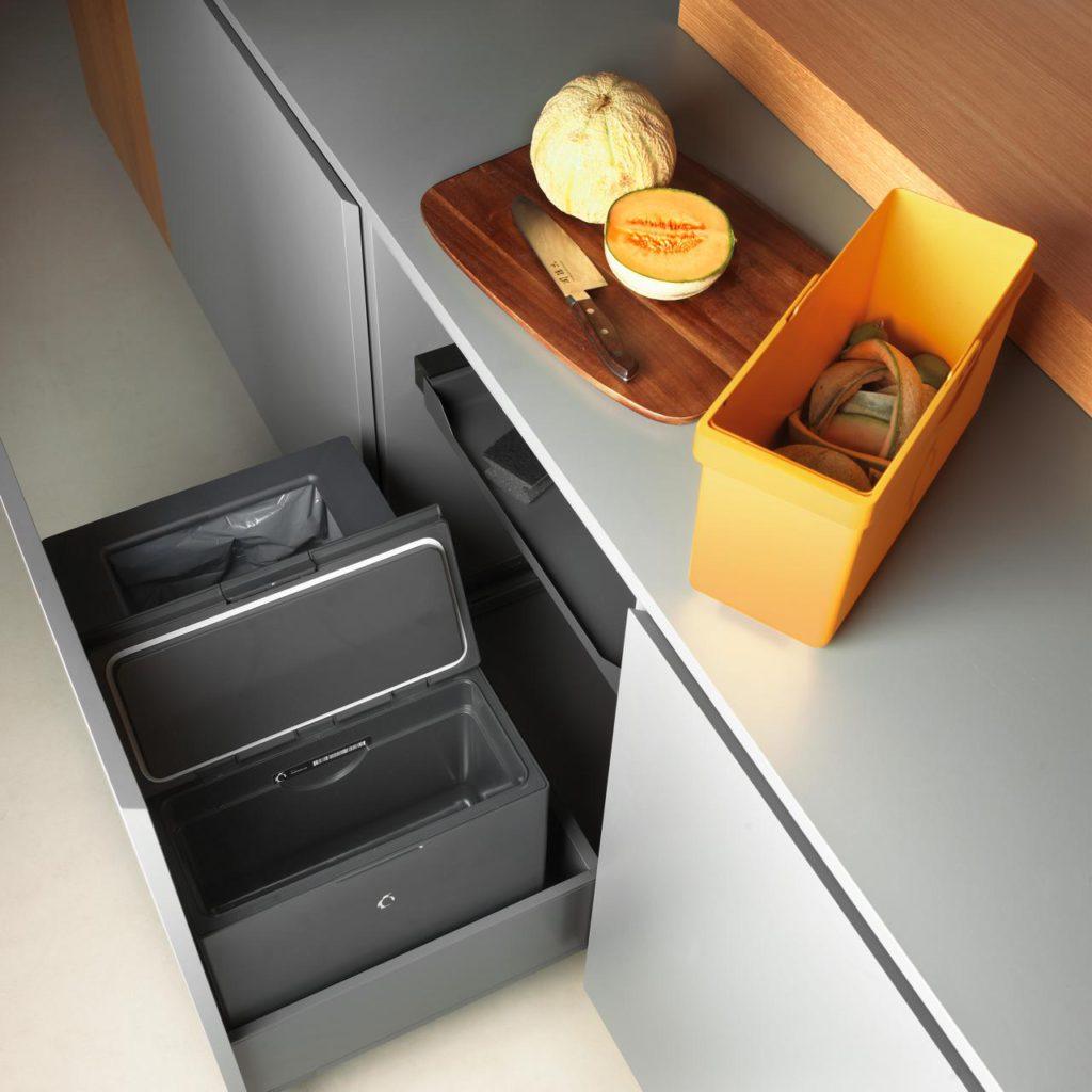 Top Komfort und schönes Design: Das modernste Abfallsystem der Welt. Foto: Avantyard Ltd. | PEKA Metall AG