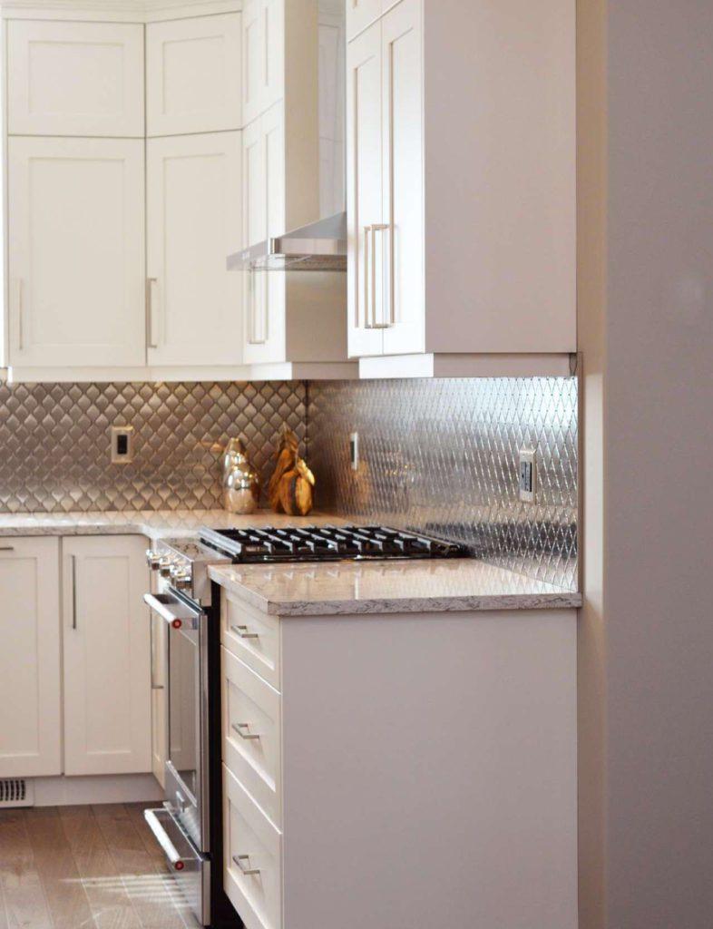 Edelstahl ist leicht zu reinigen und extrem hitzeresistent.