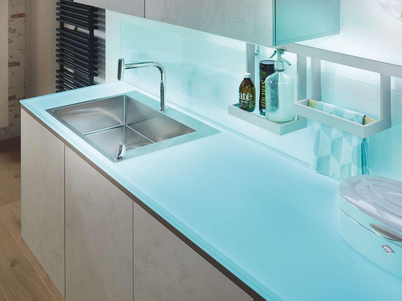 Farbwelten und Licht nach Wunsch | Küchen Journal