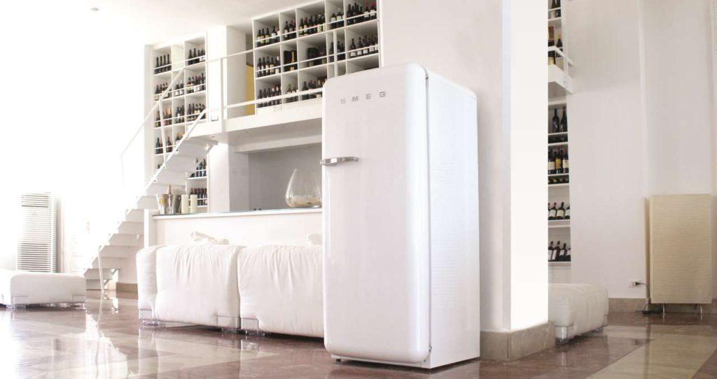 Die kultigen Kühlschränke und Kühl-Gefrierkombinationen erhalten ein großes Up- grade, mit neuem Innenleben, neuer Technik und neuen Farben. Foto: Smeg