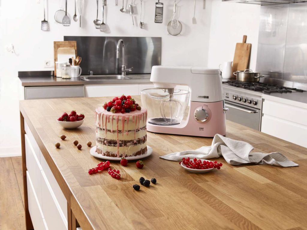 Die Kenwood Chef Sense Colour Collection in Drizzled Pink. Foto: Kenwood