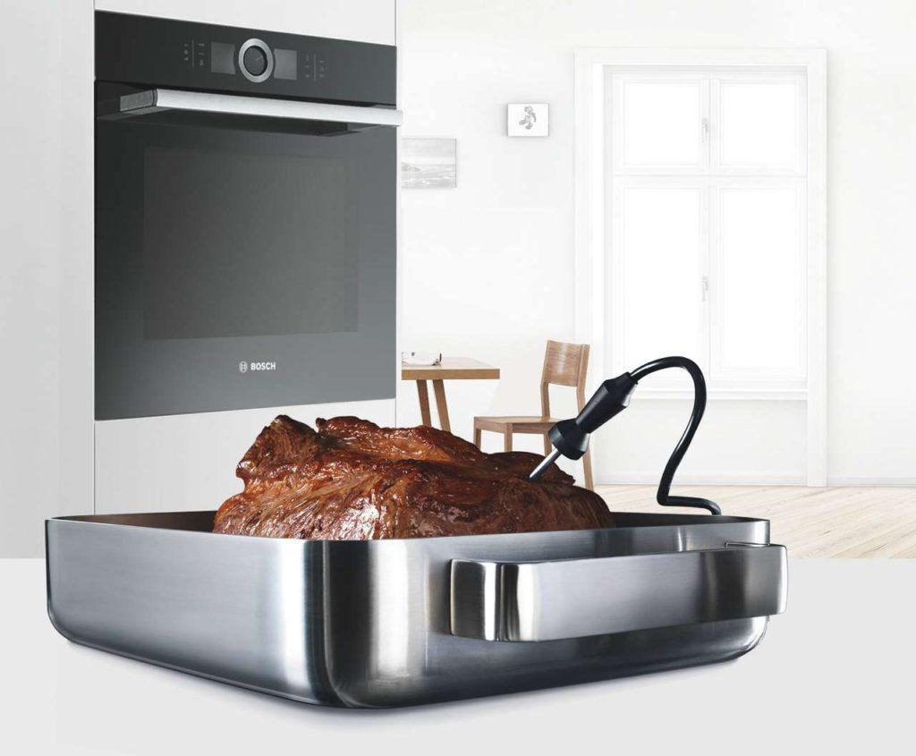 PerfectRoast und PerfectBake: mühelos zu perfekten Braten und Kuchen. Foto: Bosch