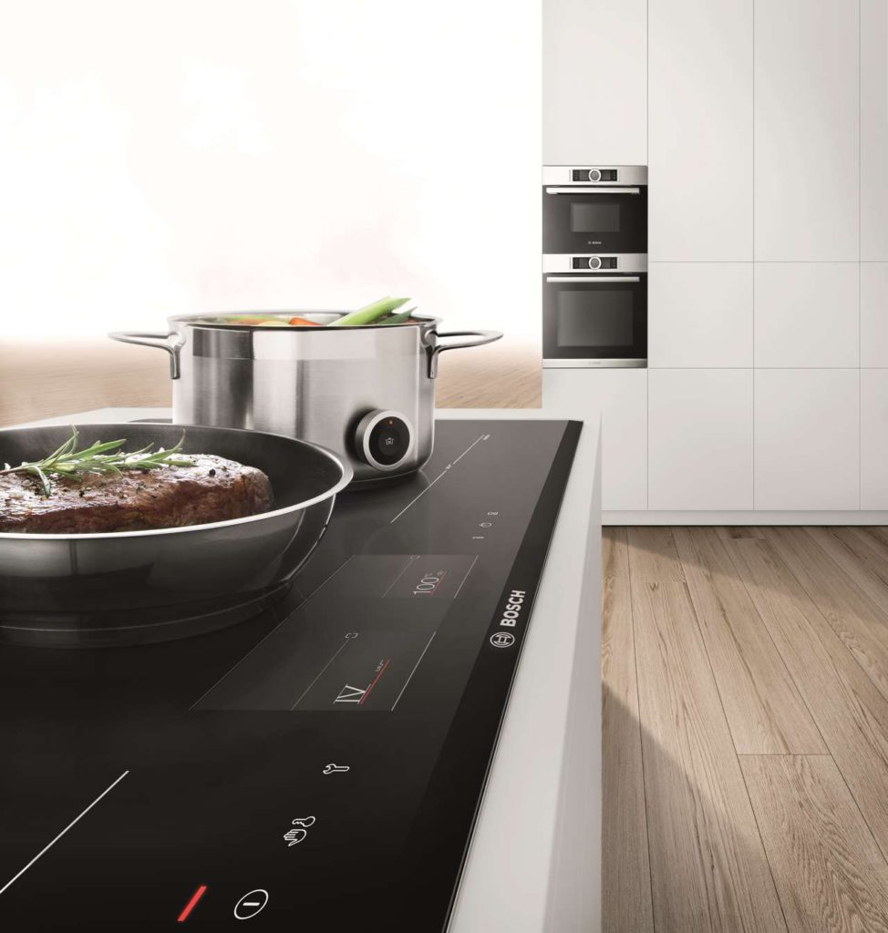 PerfectFry und PerfectCook: Nichts brennt an, nichts kocht über. Foto: Bosch