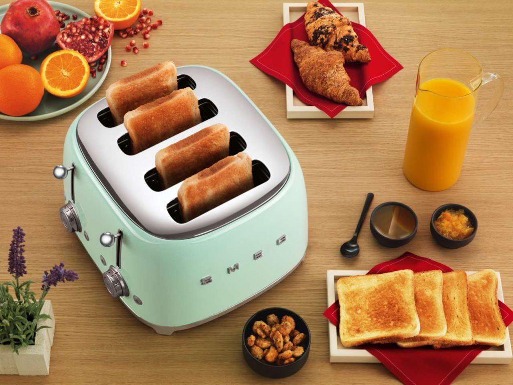 Der Smeg Doppeltoaster für das perfekte Familienfrühstück. Foto: Smeg