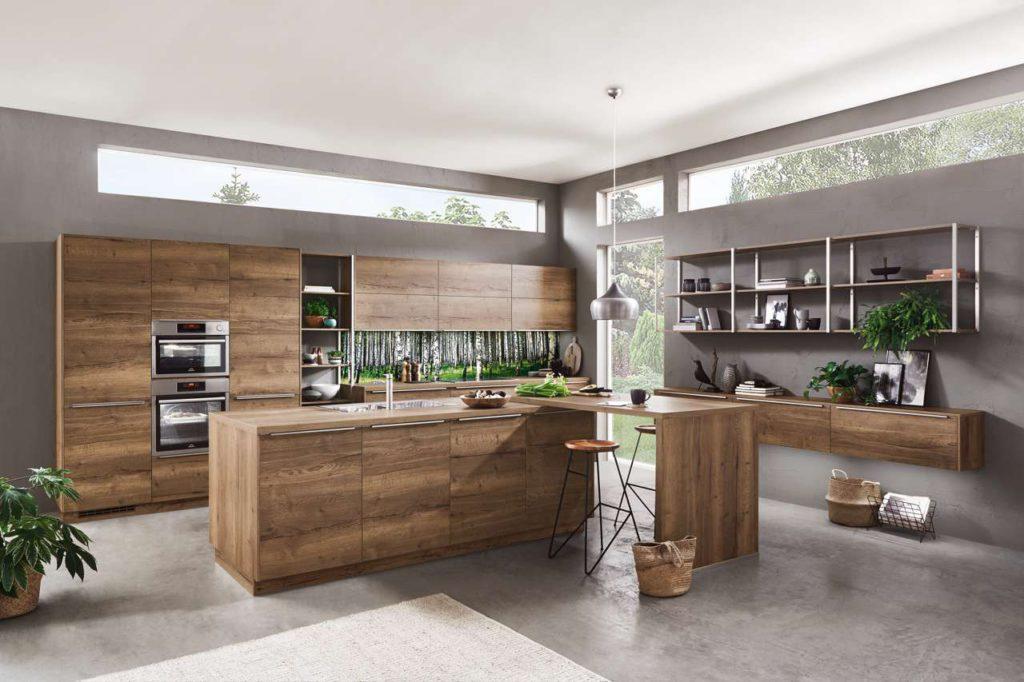Die Arbeitshöhe in der Küche sollte stets individuell an die eigene Körpergröße angepasst sein. Foto: djd/TopaTeam/Nobilia