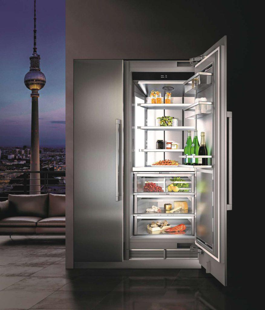 Der moderne Kühlschrank hat unterschiedlicheTemperaturzonen. So können die verschiedenen Lebensmittel optimal aufbewahrt werden. Foto: AMK