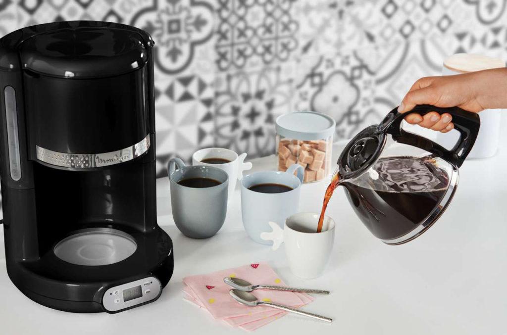 Die Filterkaffeemaschine bietet Kapazität für bis zu 15 Tassen. Foto: Moulinex