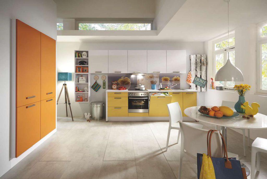Ein Utensilio aus einer Europalette hat auch nicht jeder in der Küche. Foto: Küche&Co.