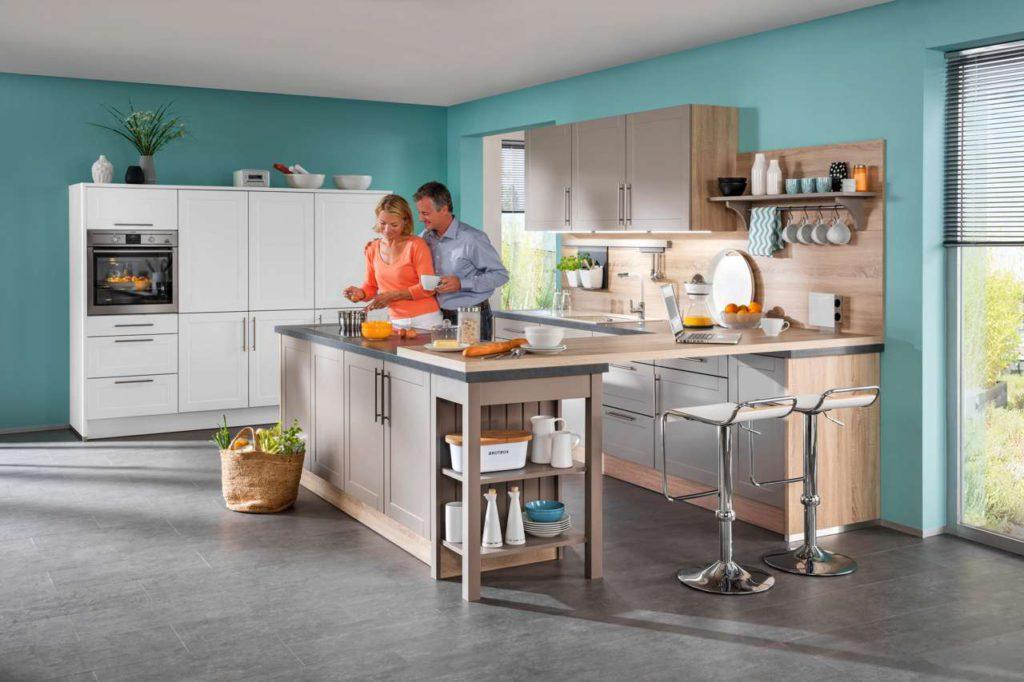 Der Küchenberater macht beispielsweise bei der Stellform der Küche Vorschläge, die zum Raum und zu den Lichtverhältnissen passen. Foto: djd/Küchen Quelle GmbH