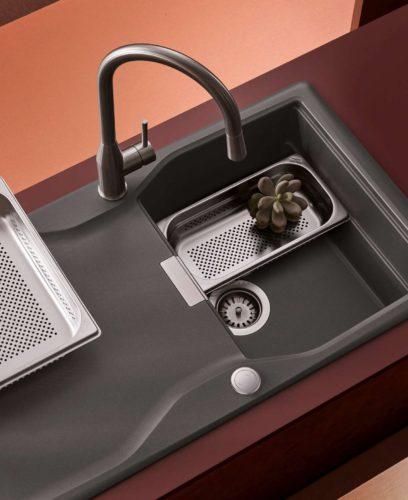 Neue Spülen & Heißwasser-Armaturen