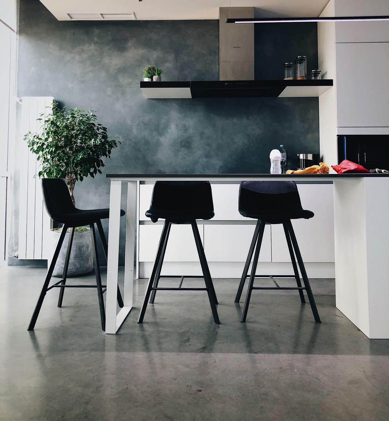 Strapazierfähige Küchenböden sind für eine hochwertige Küche